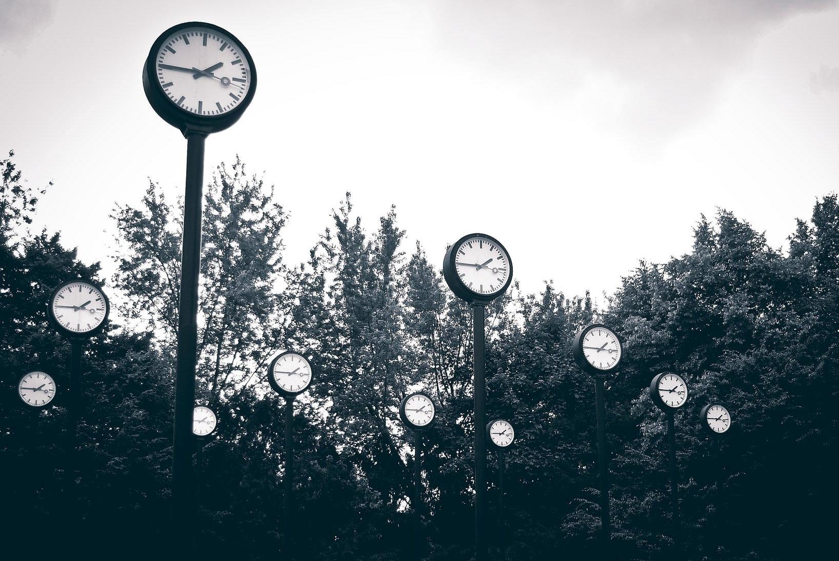 art city clock clock face